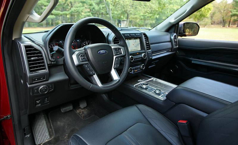 Салон Ford Expedition 2019