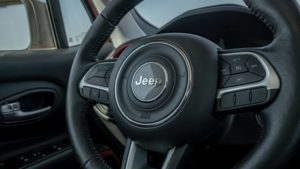 Салон Jeep Renegade 2020